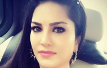 Astrology of Sensuous and Sizzling Sunny Leone!